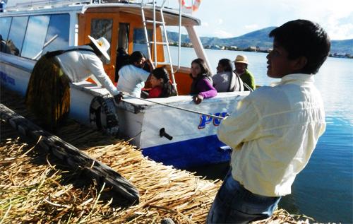 チチカカ湖|働く子ども
