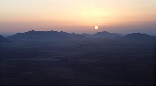 気球の上で朝食|モロッコ